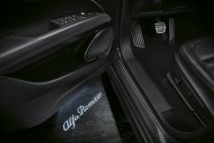 Luces de cortesía para puerta delantera (luces de umbral de la puerta) para Alfa Romeo