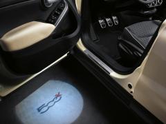 Luces de cortesía para puerta delantera (luces de umbral de la puerta) para Fiat 500X